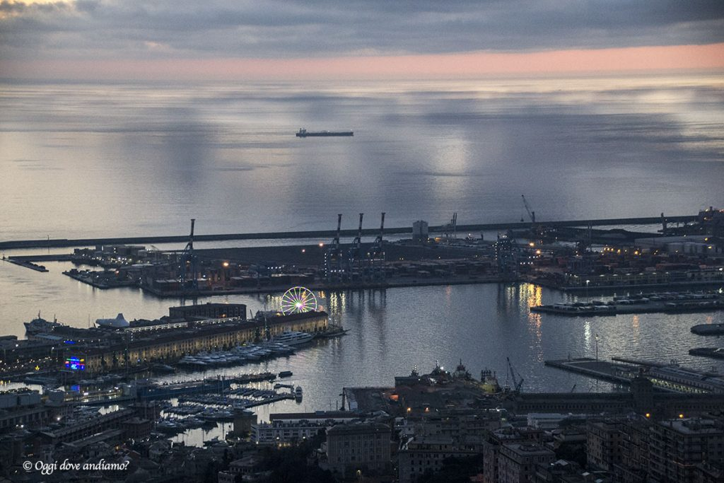 Panorama su Genova dal Righi