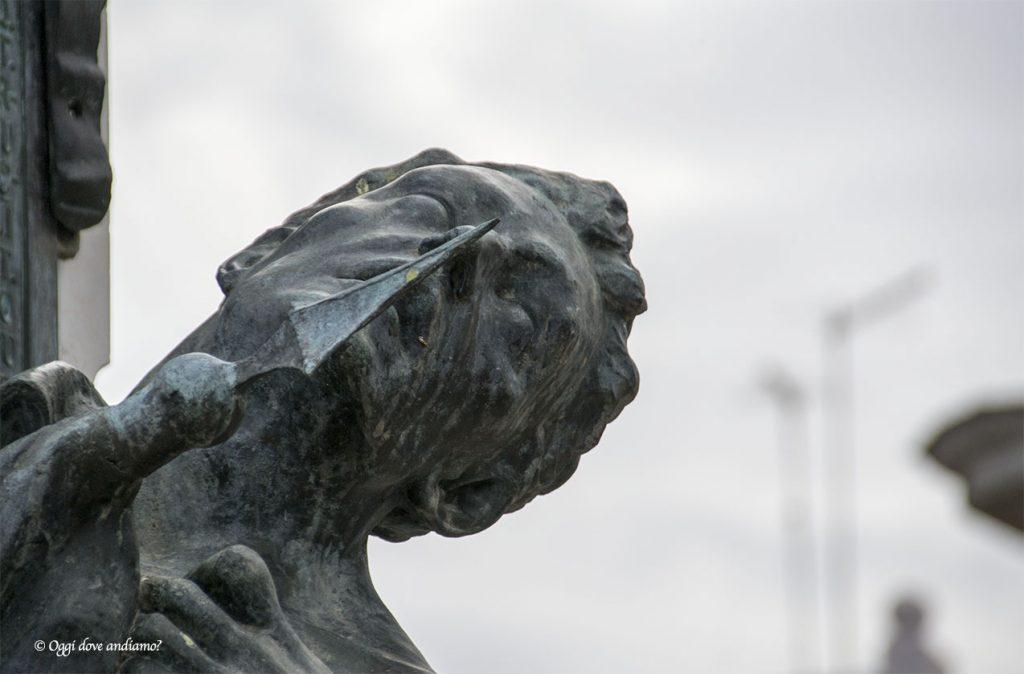 Ascoli Satriano statua