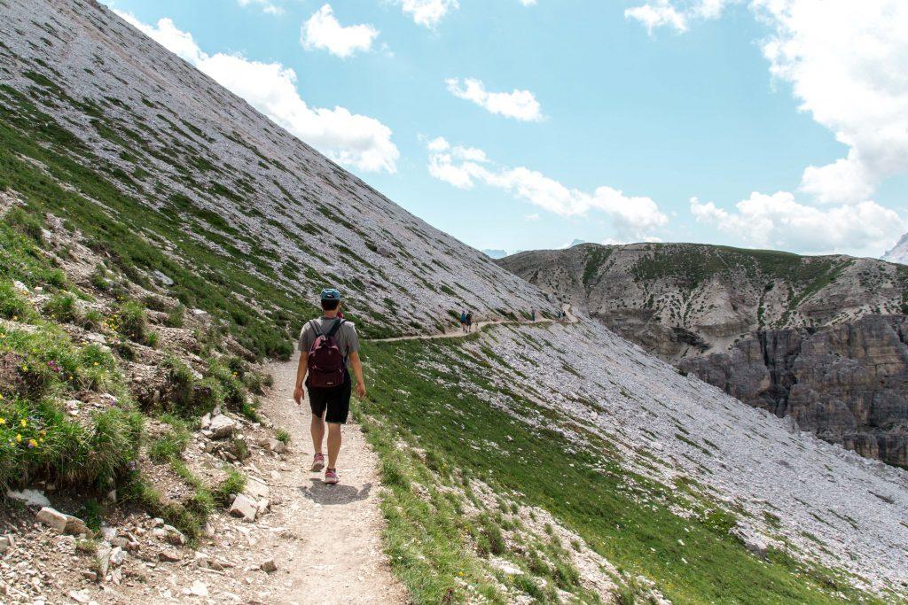 Escursione-Tre-cime-di-Lavaredo-sentiero