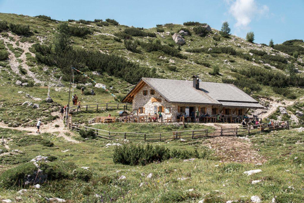 Tre-cime-di-Lavaredo-Malga-Langalm