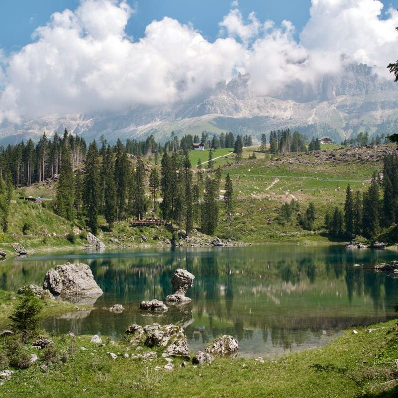 Trekking al Lago di Carezza