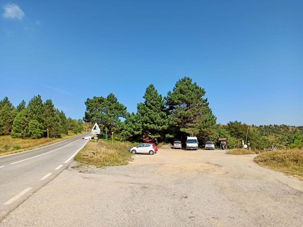 Parcheggio in località Prou René