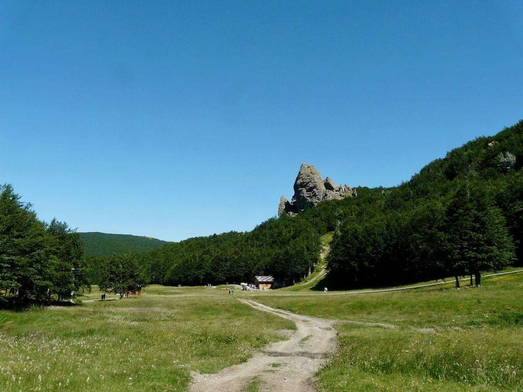 Prato della Cipolla, Trekking estivi